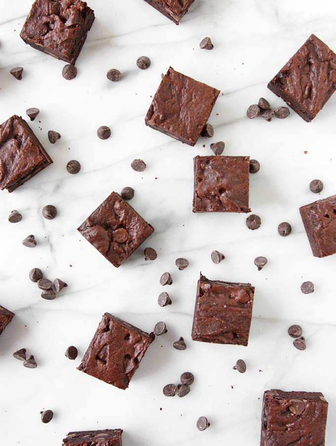 Favorite Fudge Brownies | thekitchenpaper.com