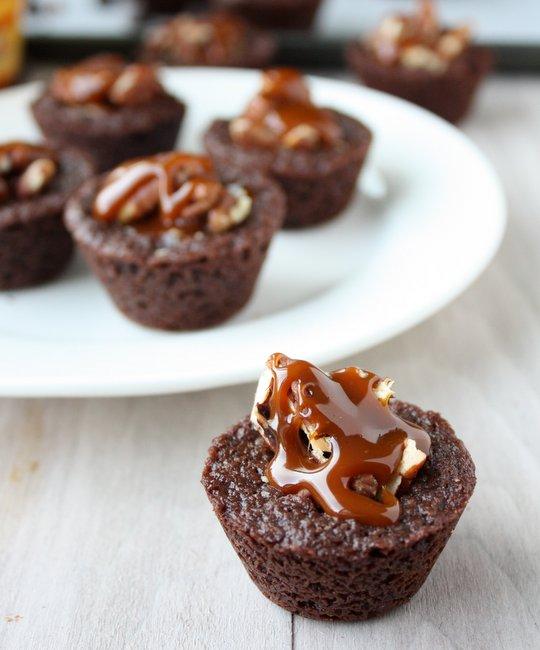 caramel pecan chocolate brownies