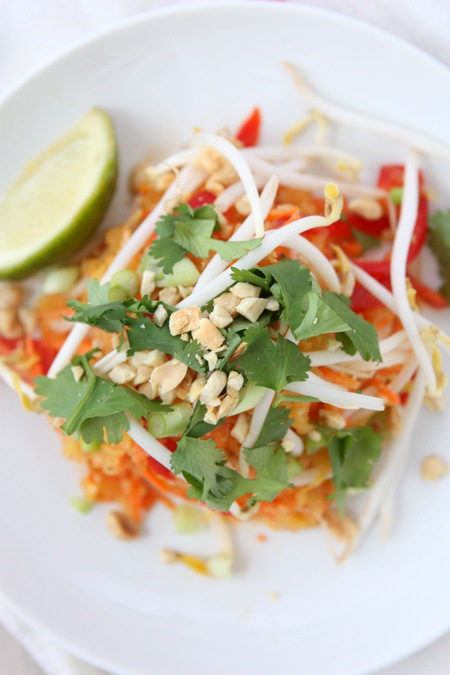 Spaghetti Squash Pad Thai | thekitchenpaper.com