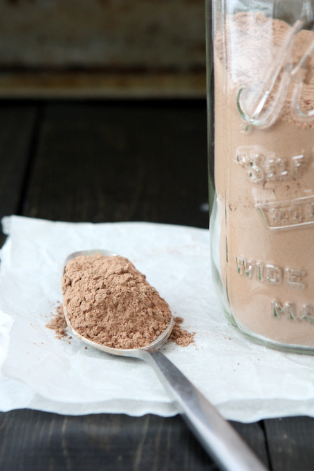 DIY Hot Chocolate Mix | thekitchenpaper.com
