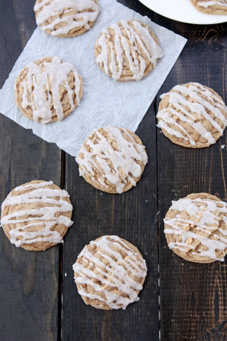 Spiced Vanilla Honey Cookies | thekitchenpaper.com