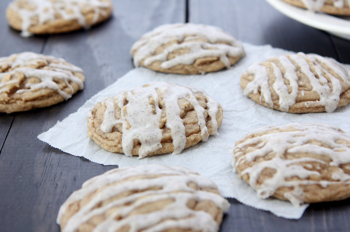 Spiced Vanilla Honey Cookies | thekitchenpaper.com