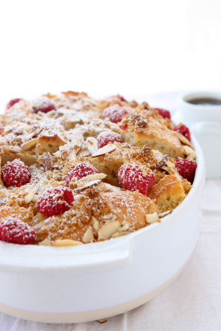 Baked Raspberry Almond French Toast | thekitchenpaper.com