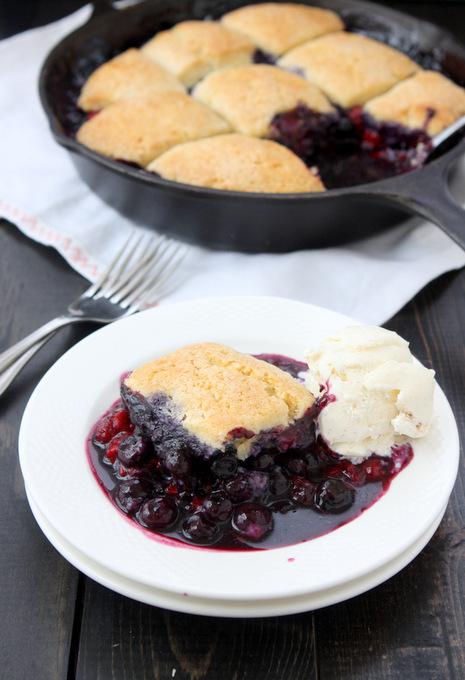 Blueberry Raspberry Cobbler | thekitchenpaper.com