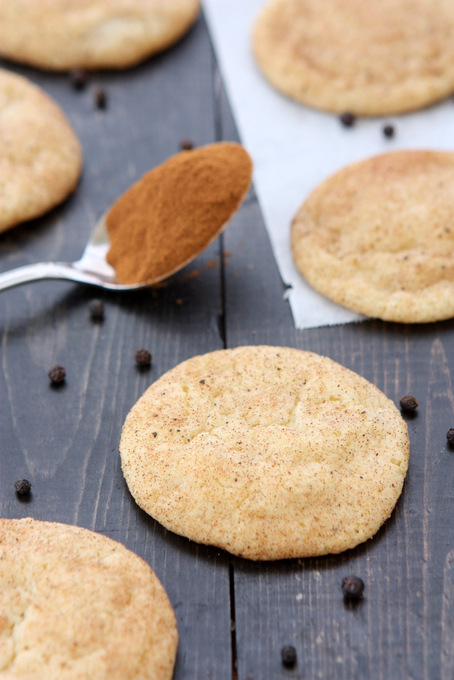 Black Pepper Snickerdoodles | thekitchenpaper.com