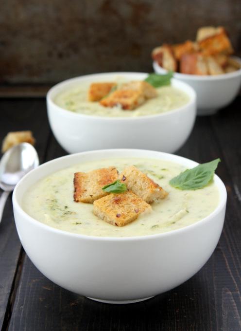 Pesto Potato Soup | thekitchenpaper.com