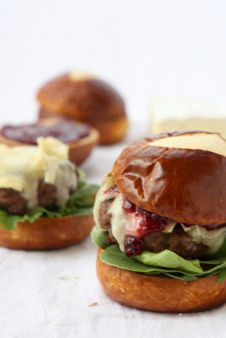 Brie & Jam Burgers | thekitchenpaper.com