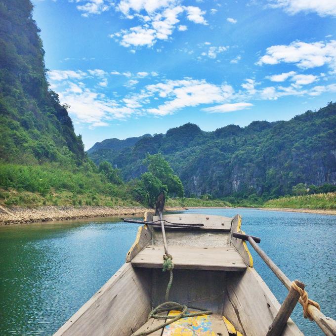 Boat to Phong Nha Cave | thekitchenpaper.com