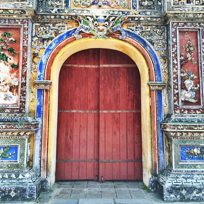 Citadel Gate in Hue, Vietnam | thekitchenpaper.com