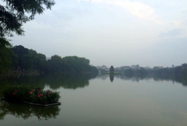 Hoan Kiem Lake at Sunrise, Hanoi | thekitchenpaper.com