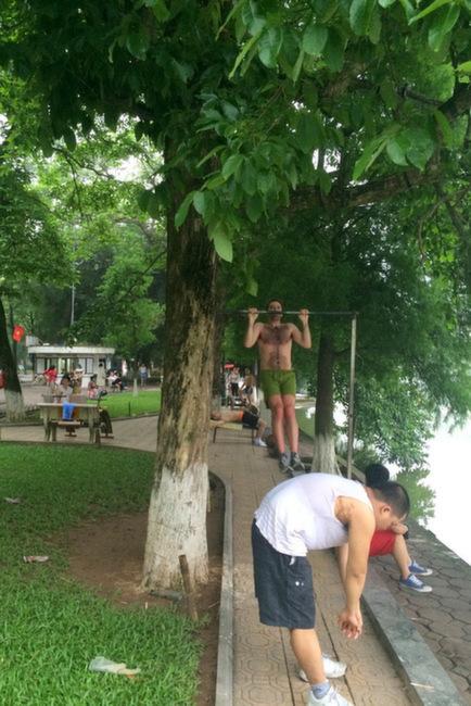 Working out around Hoan Kiem Lake | thekitchenpaper.com