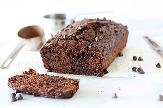 Whole Wheat Chocolate Zucchini Bread | thekitchenpaper.com