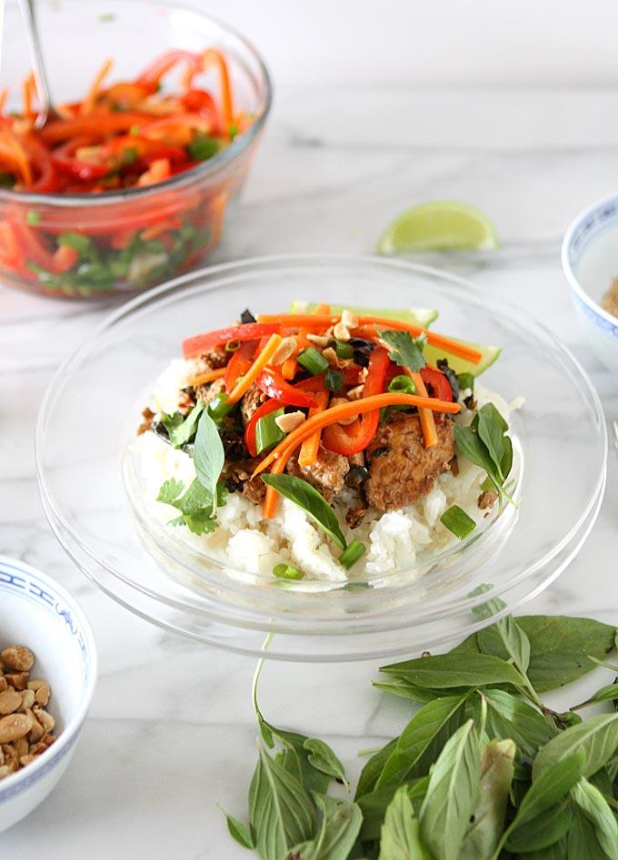 Thai Basil Tofu Scramble with Lemongrass Rice | thekitchenpaper.com