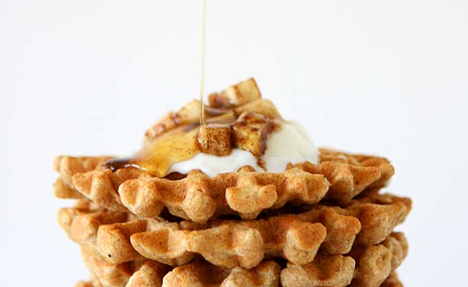 Whole Wheat Flax Waffles | thekitchenpaper.com