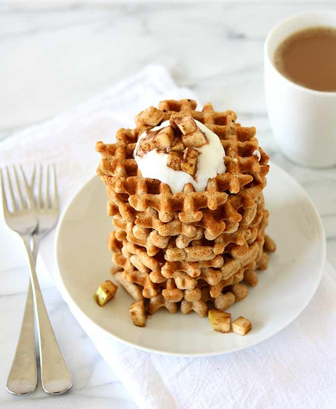 Whole Wheat Flax Waffles | thekitchenpaper.com