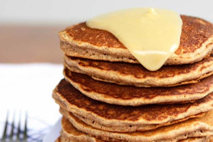 Cinnamon Spelt Pancakes with Creamy Maple Mascarpone