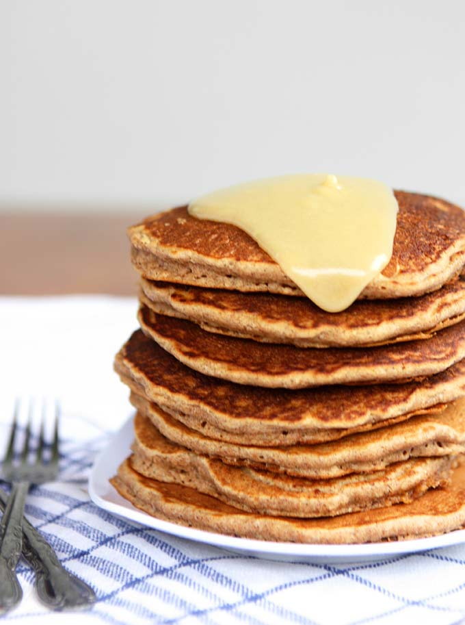 Cinnamon Spelt Pancakes with Creamy Maple Mascarpone | thekitchenpaper.com