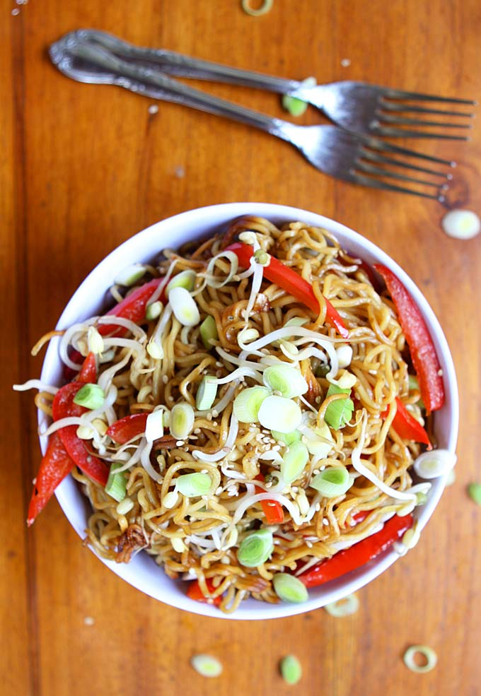 Garlic Sesame Crispy Pan Fried Noodles Recipe