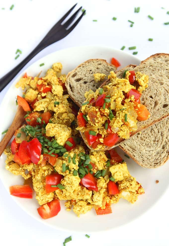 Curry Tofu Breakfast Scramble   thekitchenpaper.com