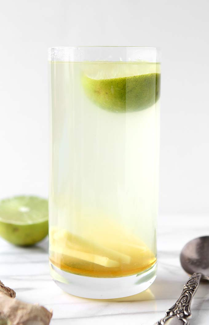Hot Honey Ginger Lime Tea | thekitchenpaper.com