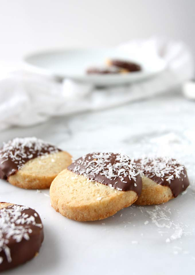 Toasted Coconut Candied Lemon Shortbread | thekitchenpaper.com
