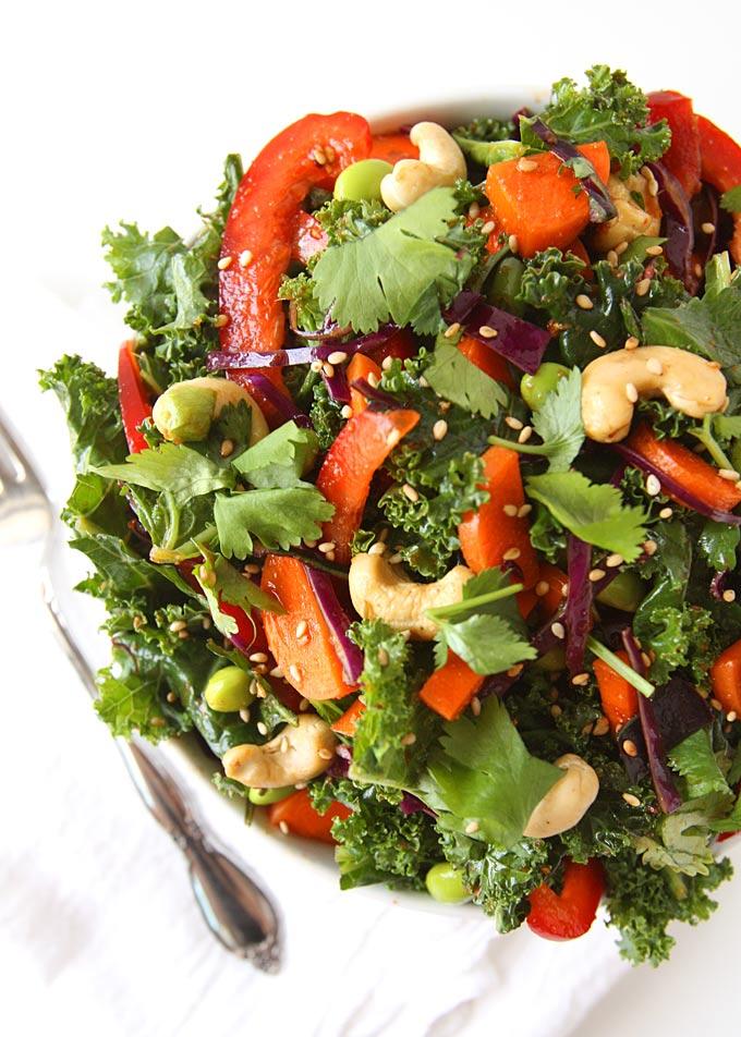 Asian Kale Edamame Salad | thekitchenpaper.com