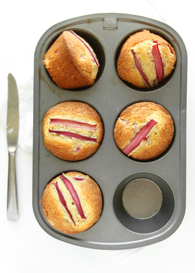 Brown Butter Rhubarb Muffins | thekitchenpaper.com