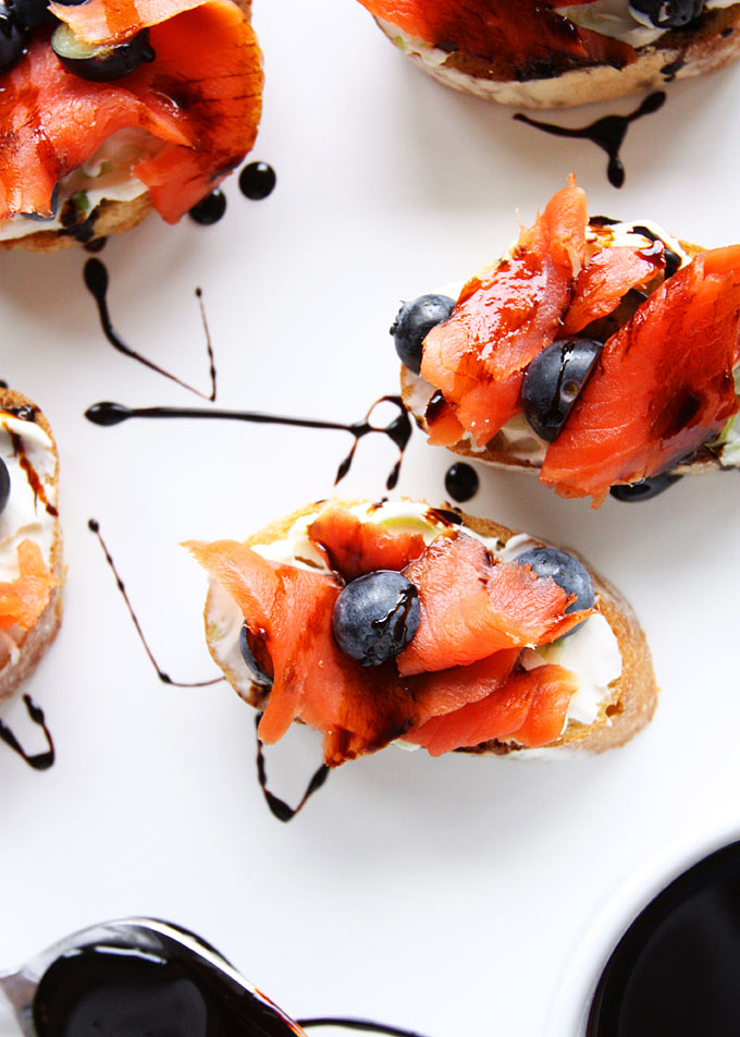 Smoked Salmon Blueberry Crostini | thekitchenpaper.com