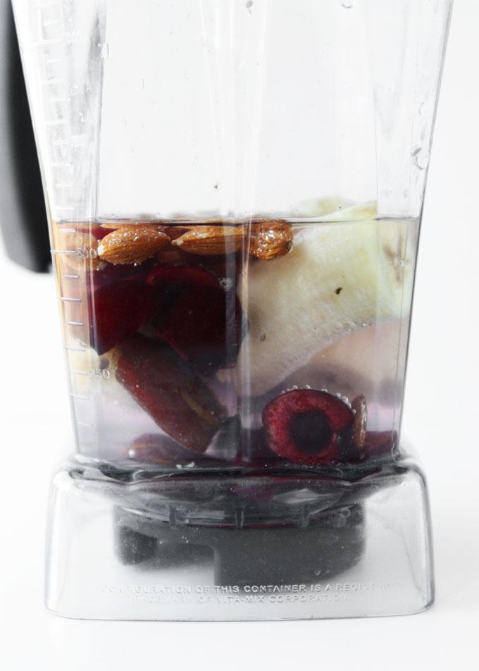 Cherry Almond Potassium Smoothie   thekitchenpaper.com