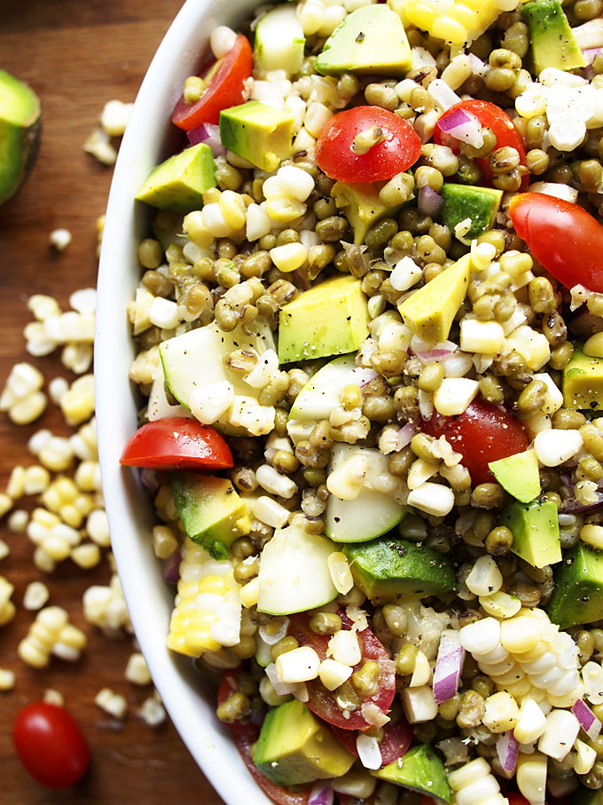 Summer Veggie Mung Bean Salad | thekitchenpaper.com