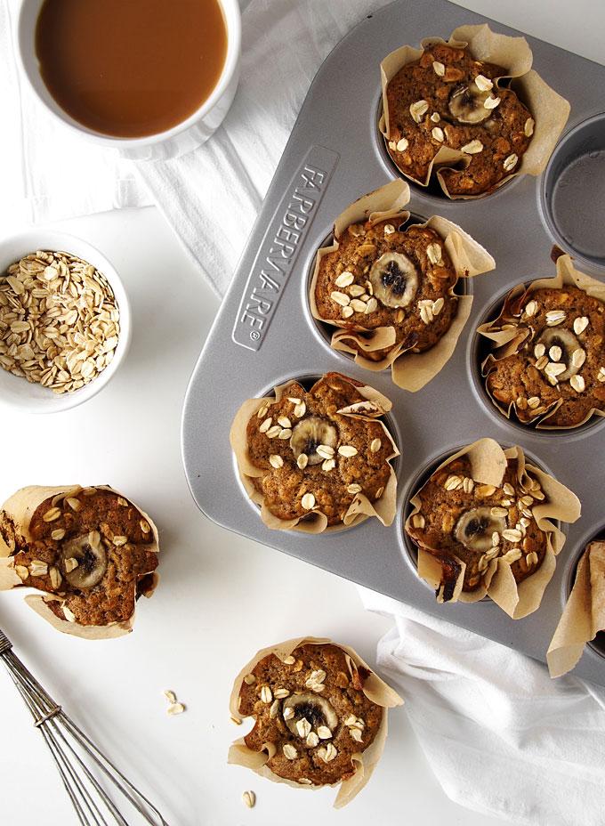 Whole Wheat Banana Oatmeal Muffins | thekitchenpaper.com