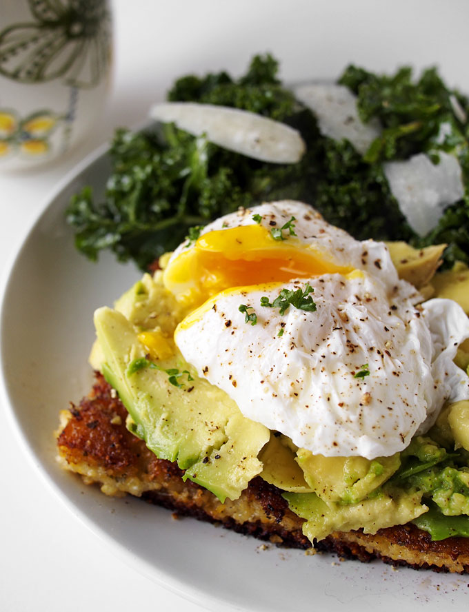 Fried Polenta, Avocado, & Poached Egg Breakfast (plus, KALE!) | thekitchenpaper.com