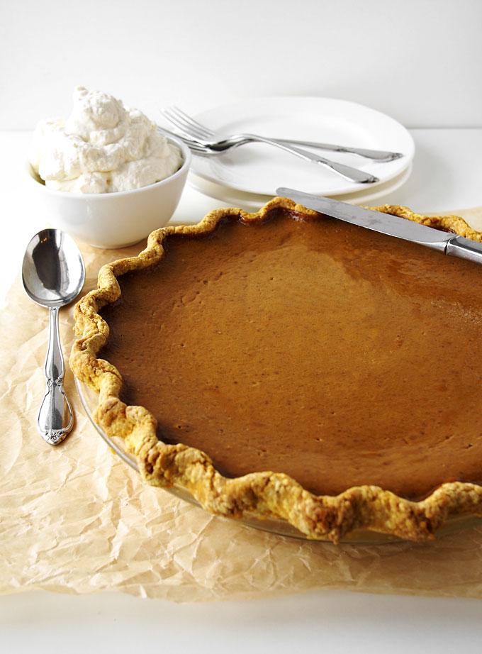 Coconut Sugar Classic Pumpkin Pie Recipe | thekitchenpaper.com