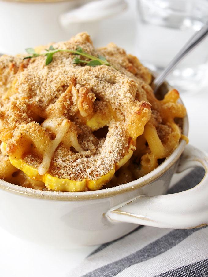 Smokey Delicata Baked Macaroni and Cheese | thekitchenpaper.com