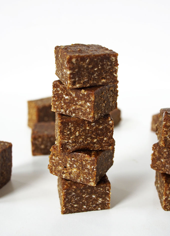 Salted Gingerbread Oat Fudge