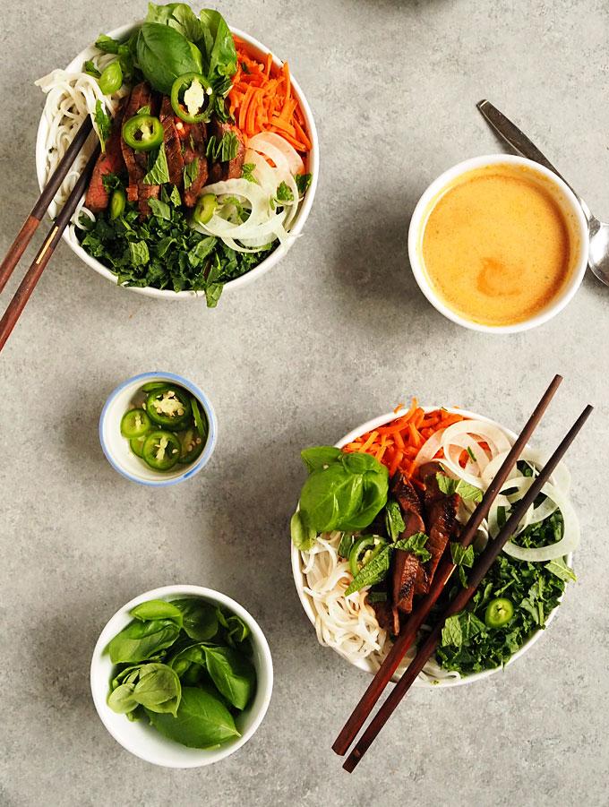 Easy Asian Fennel Beef Rice Noodle Bowls   thekitchenpaper.com