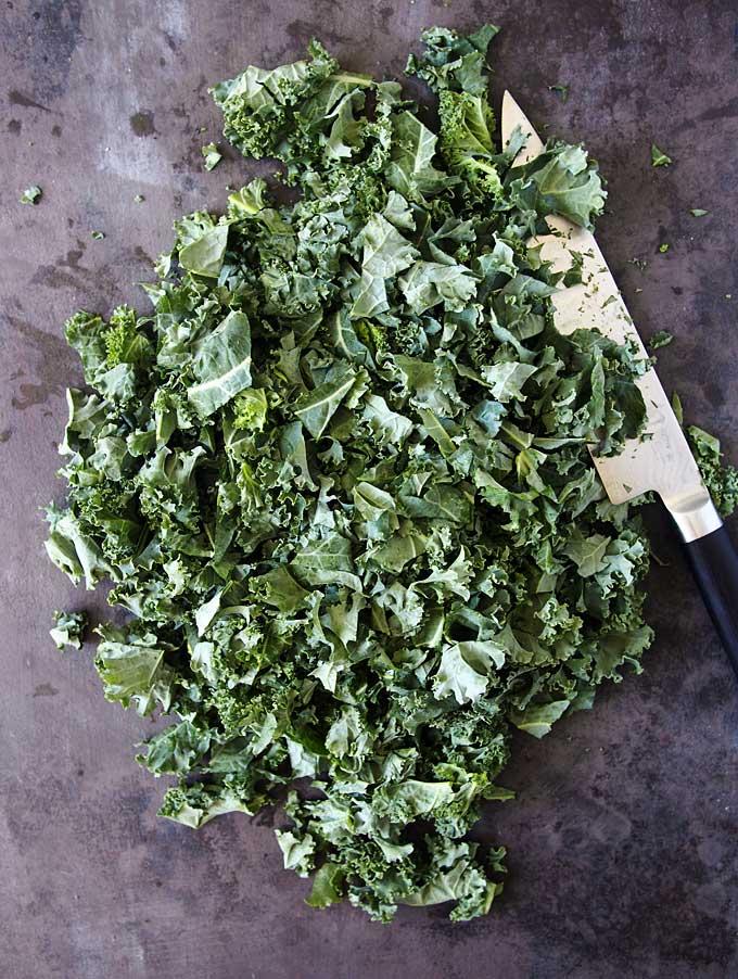 Everyday Garlicky Kale Recipe | thekitchenpaper.com
