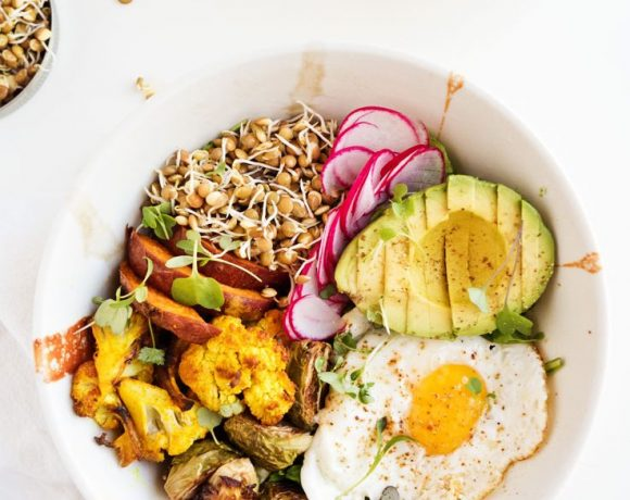 Sprouted Lentil Breakfast Bowl