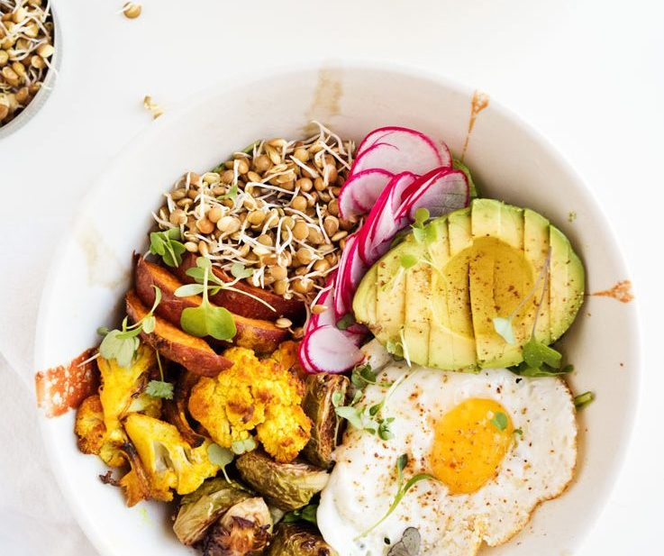 Sprouted Lentil Breakfast Bowl | thekitchenpaper.com