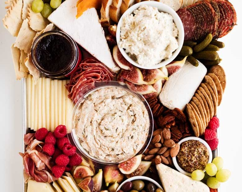 How To Assemble a Cheese Plate | thekitchenpaper.com