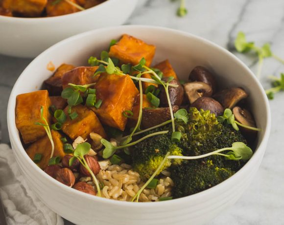 Vegan Red Pepper Tofu Bowl