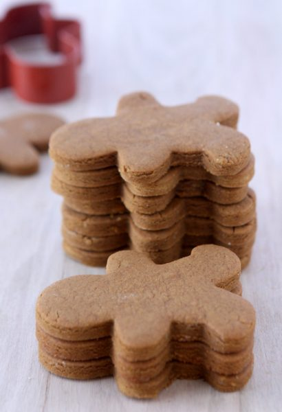 Gingerbread Cookies That Won't Spread | thekitchenpaper.com