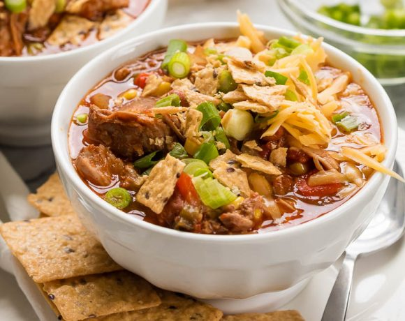 Slow Cooker Chipotle Pork Chili